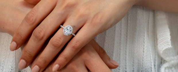 8 Tips for Buying an Engagement Ring