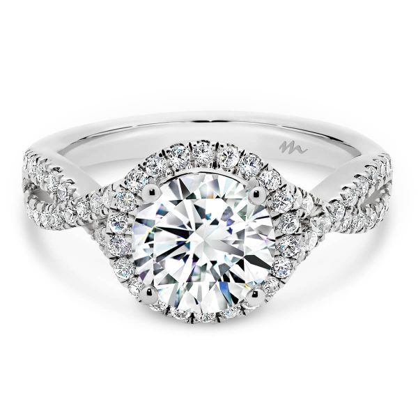Briana Vintage Moissanite Infinity Band