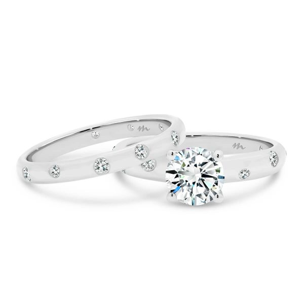 Cecilia A hammer set Moissanite diamond band