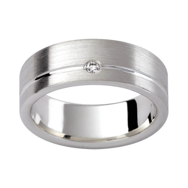 D94 men's ring in emery finis with a diamond set in groove