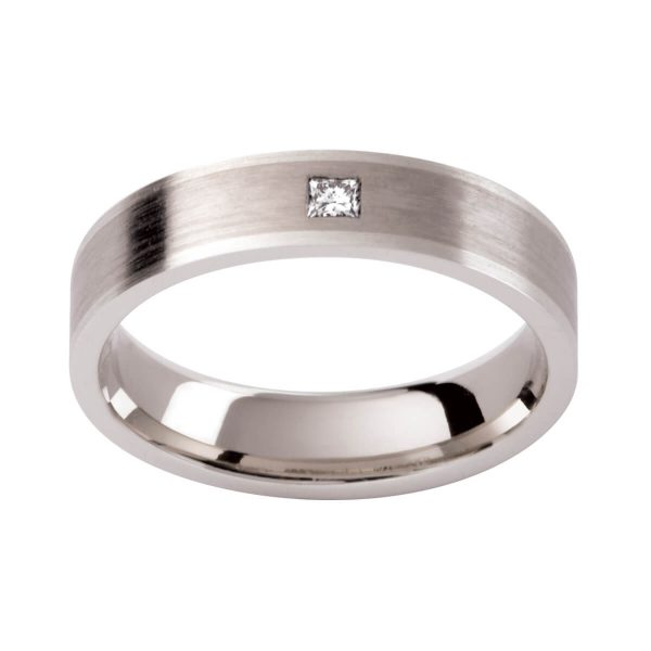 DC115 men's ring with a princess cut diamond in brushed white gold finish