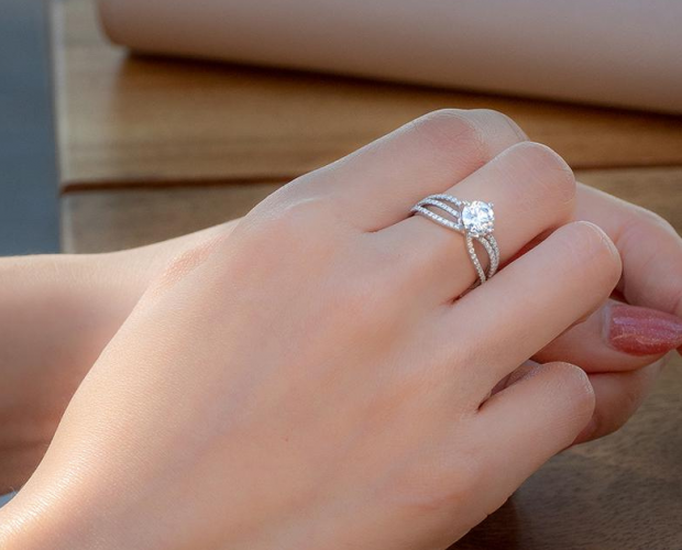 8 Timeless pieces of Moissanite and Lab-Grown Diamond Jewellery