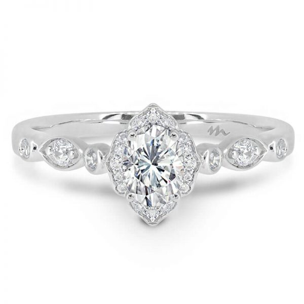 Daphne Vintage Moissanite Marquise Band