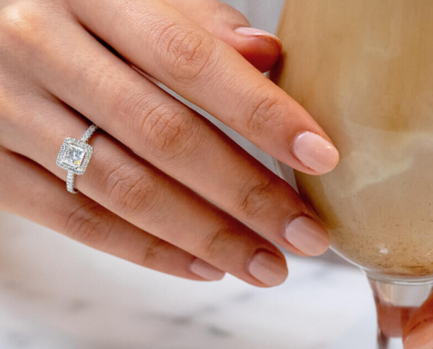Buying Moissanite Engagement Rings